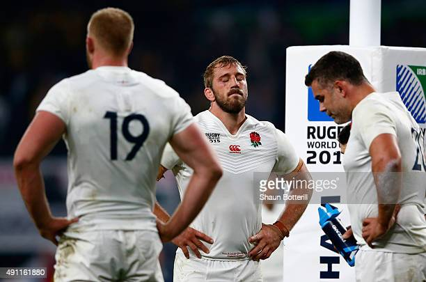 A dejected Chris Robshaw of England looks on during the 2015 Rugby World Cup Pool A match between England and Australia at Twickenham Stadium on...
