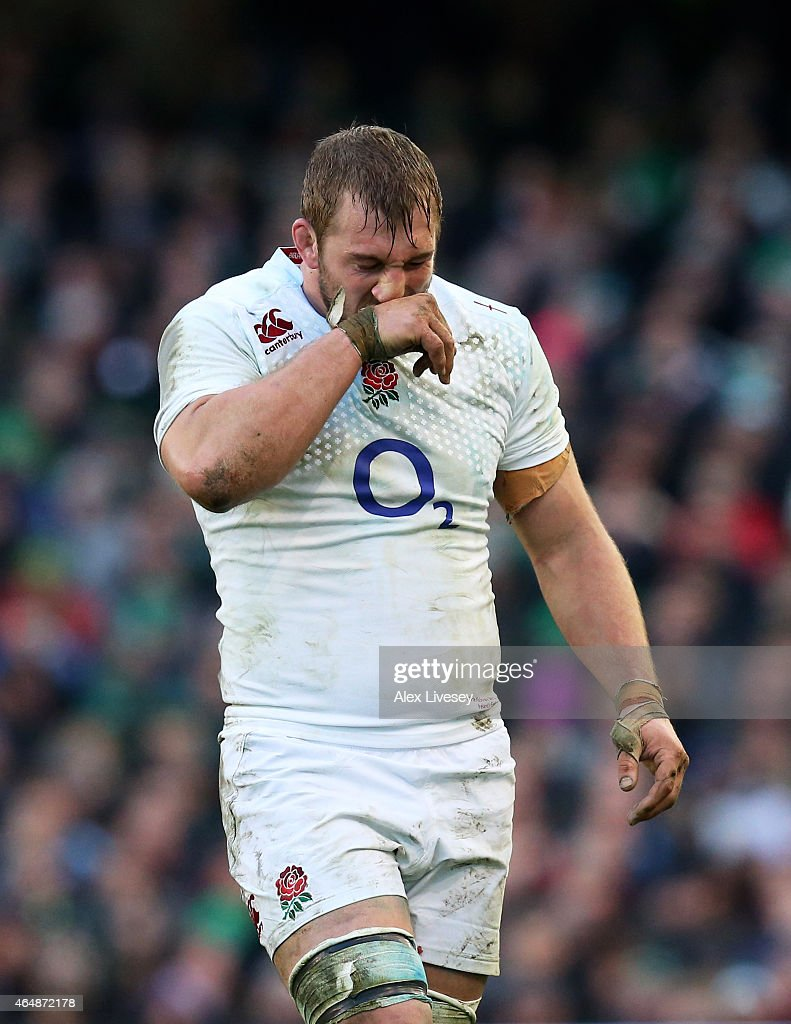A dejected <a gi-track='captionPersonalityLinkClicked' href=/galleries/search?phrase=Chris+Robshaw&family=editorial&specificpeople=2375303 ng-click='$event.stopPropagation()'>Chris Robshaw</a> of England reacts during the RBS Six Nations match between Ireland and England at the Aviva Stadium on March 1, 2015 in Dublin, Ireland.
