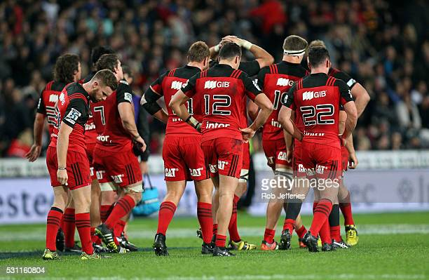 A dejected Crusaders team after their loss to the Highlanders during the round twelve Super Rugby match between the Highlanders and the Crusaders at...