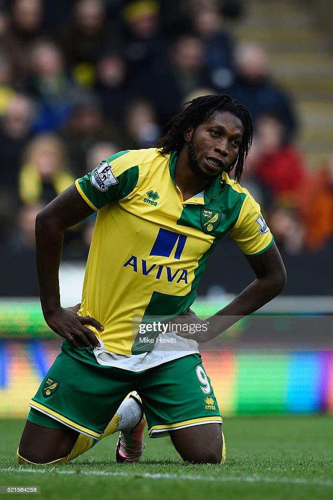 A dejected <a gi-track='captionPersonalityLinkClicked' href=/galleries/search?phrase=Dieumerci+Mbokani&family=editorial&specificpeople=4528520 ng-click='$event.stopPropagation()'>Dieumerci Mbokani</a> of Norwich reacts after missing a chance during the Barclays Premier League match between Norwich City and Sunderland at Carrow Road on April 16, 2016 in Norwich, England.