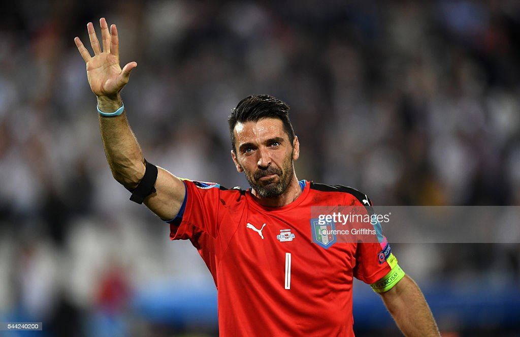 Dejected Gianluigi Buffon of Italy applauds the supporters after his team's defeat through the penalty shootout during the UEFA EURO 2016 quarter...