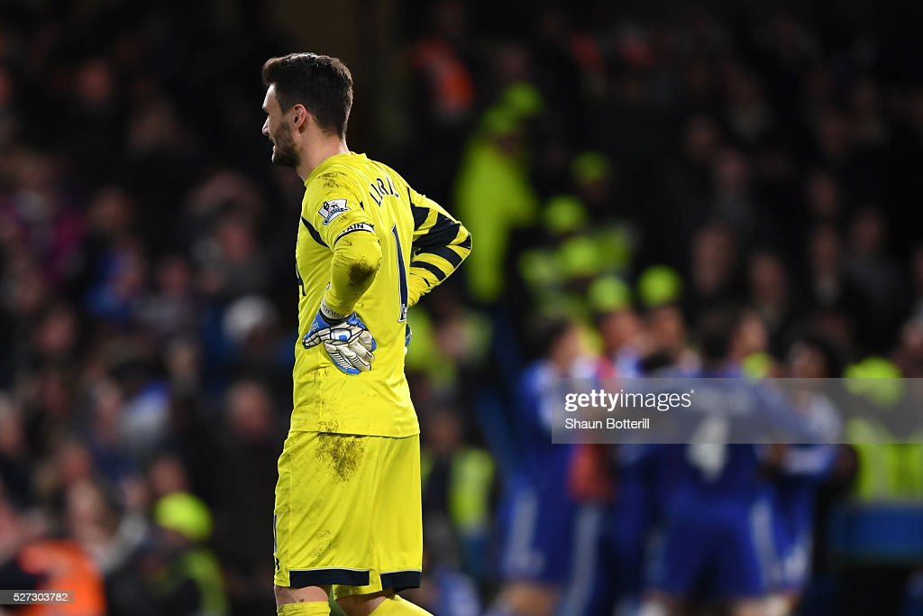 A dejected Hugo Lloris of Tottenham Hotspur looks on after conceding a second goal during the Barclays Premier League match between Chelsea and Tottenham Hotspur at Stamford Bridge on May 02, 2016 in London, England.jd