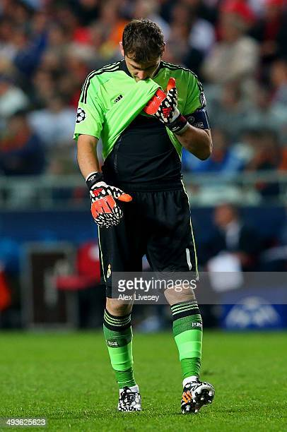 A dejected Iker Casillas of Real Madrid looks to the ground during the UEFA Champions League Final between Real Madrid and Atletico de Madrid at...