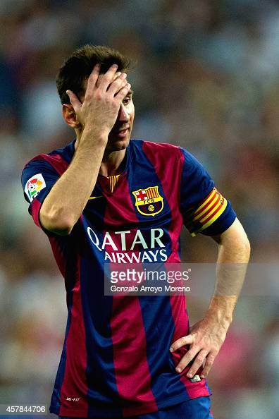 A dejected Lionel Messi of Barcelona after defeat during the La Liga match between Real Madrid CF and FC Barcelona at Estadio Santiago Bernabeu on...