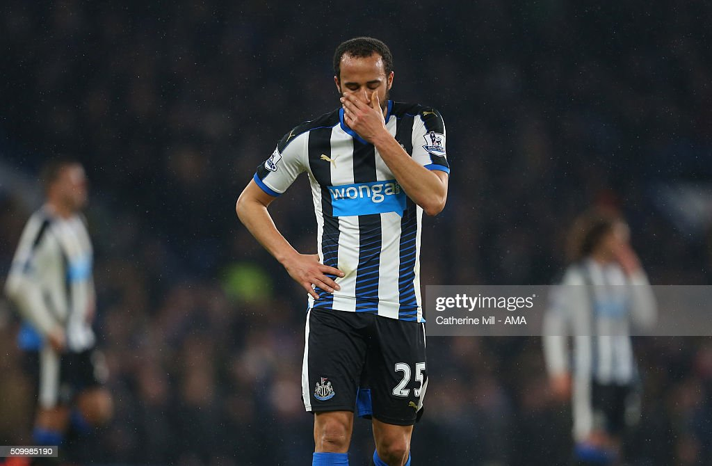 A dejected looking <a gi-track='captionPersonalityLinkClicked' href=/galleries/search?phrase=Andros+Townsend&family=editorial&specificpeople=4266573 ng-click='$event.stopPropagation()'>Andros Townsend</a> of Newcastle United during the Barclays Premier League match between Chelsea and Newcastle United at Stamford Bridge on February 13, 2016 in London, England.