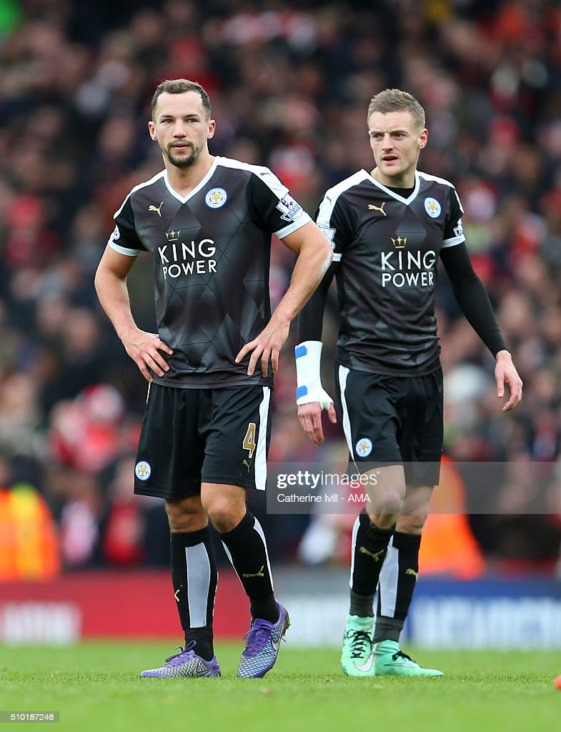 A dejected looking Daniel Drinkwater and Jamie Vardy of Leicester City during the Barclays Premier League match between Arsenal and Leicester City at the Emirates Stadium on February 14, 2016 in London, England.