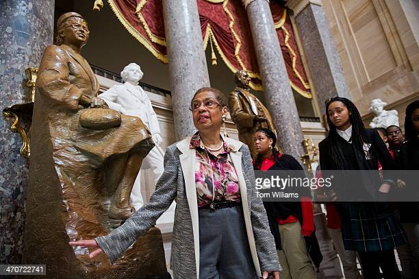 Del Eleanor Holmes Norton DDC talks about a statue of Rosa Parks during a tour of the Capitol's Statuary Hall that she gave to about 60 DC students...