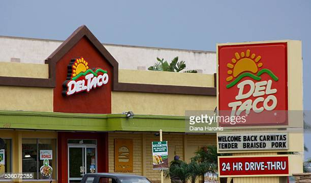 Del Taco Huntington Beach CA