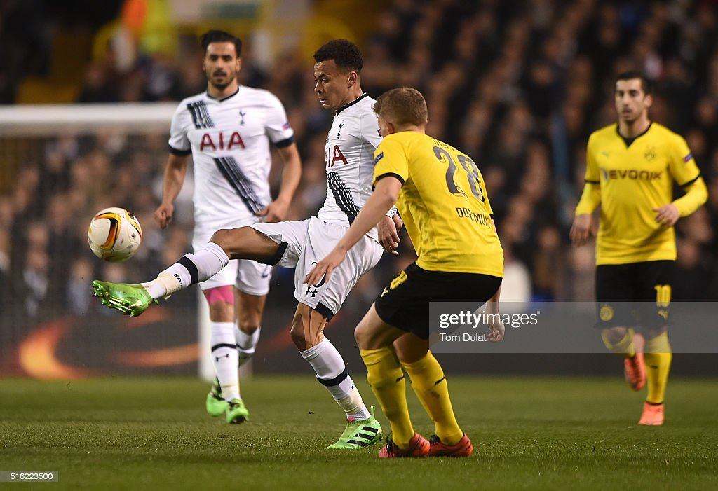 Dele Alli of Tottenham Hotspur in action during the UEFA Europa League Round of 16 Second Leg match between Tottenham Hotspur and Borussia Dortmund at White Hart Lane on March 17, 2016 in London, England. (Photo by Tom Dulat/Getty Images).