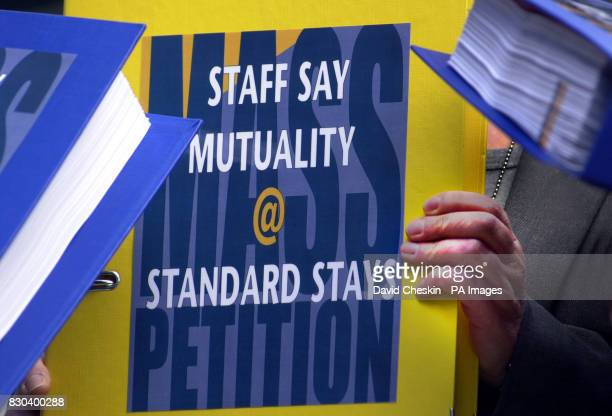 A delegation of 250 Standard Life employees met in Edinburgh to present a cross party support group of Scottish members of parliament with a 6000...
