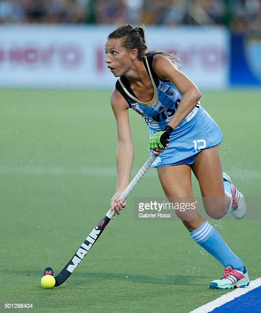 Delfina Merino of Argentina drives the ball during a final match between Argentina and New Zealand as part of Day 9 of the Hockey World League Final...