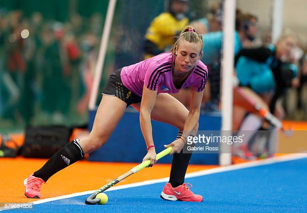 Delfina Merino of Argentina takes a shot during an International Friendly match between Argentina and Ireland at CenARD on July 24 2016 in Buenos...
