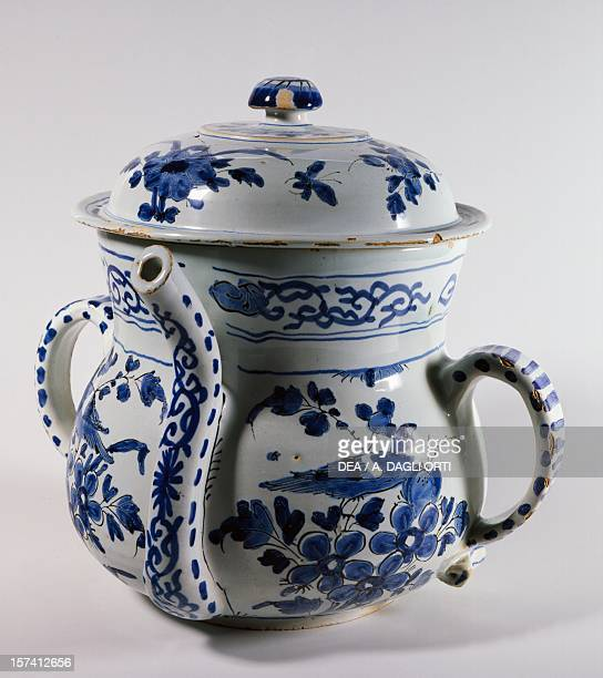 Delftware posset pot with lid ca 1730 ceramic Bristol manufacture England 18th century