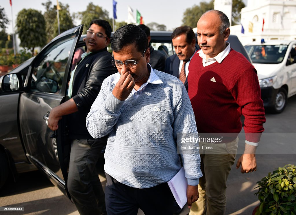Delhi Chief Minister Arvind Kejriwal arrives for the press conference to announce the commencement date of Second Phase of Odd Even Scheme at Vidhan Shabha on February 11, 2016 in New Delhi, India. The second phase of the odd-even road rationing scheme to reduce the Capitals notorious air pollution and traffic snarls will be conducted for a fortnight from April 15.