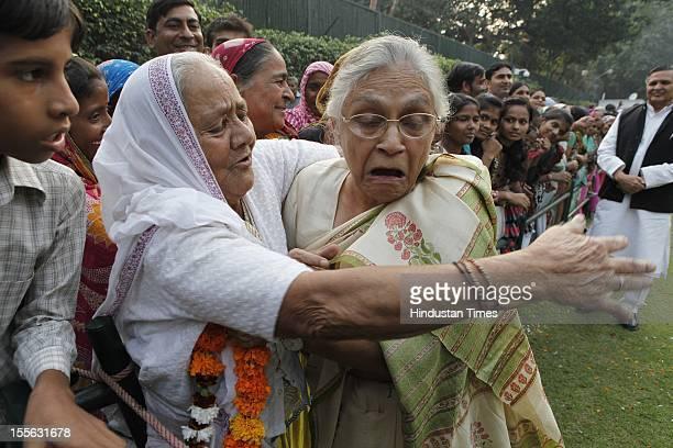 Delhi Chief Minister Sheila Dikshit during launch of a 'Shobha Yatra' on the occasion of Maharishi Valmiki Jayanti on October 29 2012 in New Delhi...