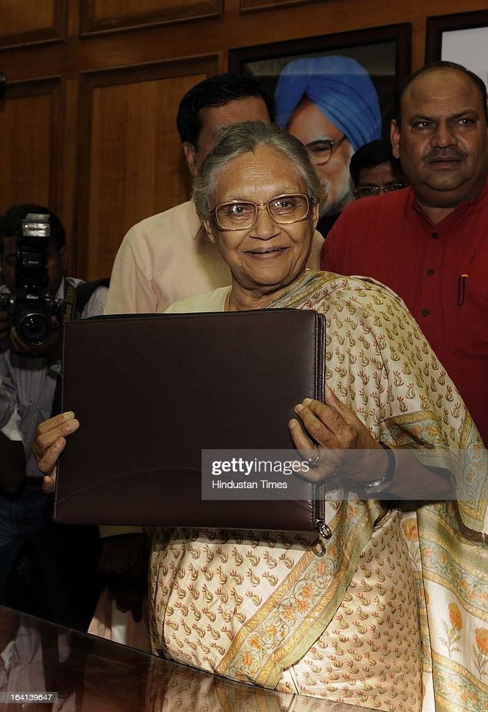 Delhi Chief Minister Sheila Dikshit going to present the Budget for the year 2013-14 at Old Secretariat on March 20, 2013 in New Delhi, India. Presenting the 15th consecutive budget of her government, Delhi CM Sheila Dikshit focused on on social sector projects in an election year. Out of Rs 16,000 crore earmarked as plan outlay, Rs 10,351 cr was allocated for social sector schemes.