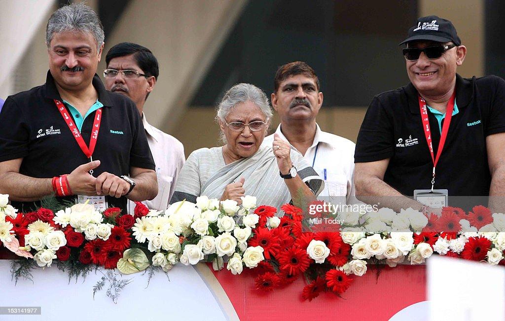 Delhi CM Sheila Dikhshit at the 5th Delhi Airtel Half Marathon 2012 in New Delhi on Sunday.