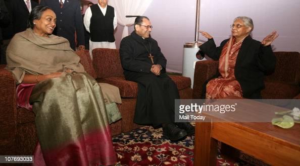 Delhi CM Sheila Dikshit Lok Sabha Speaker Meira Kumar and Archbishop of Delhi Vincent M Concessao during the preChristmas party organized by the...