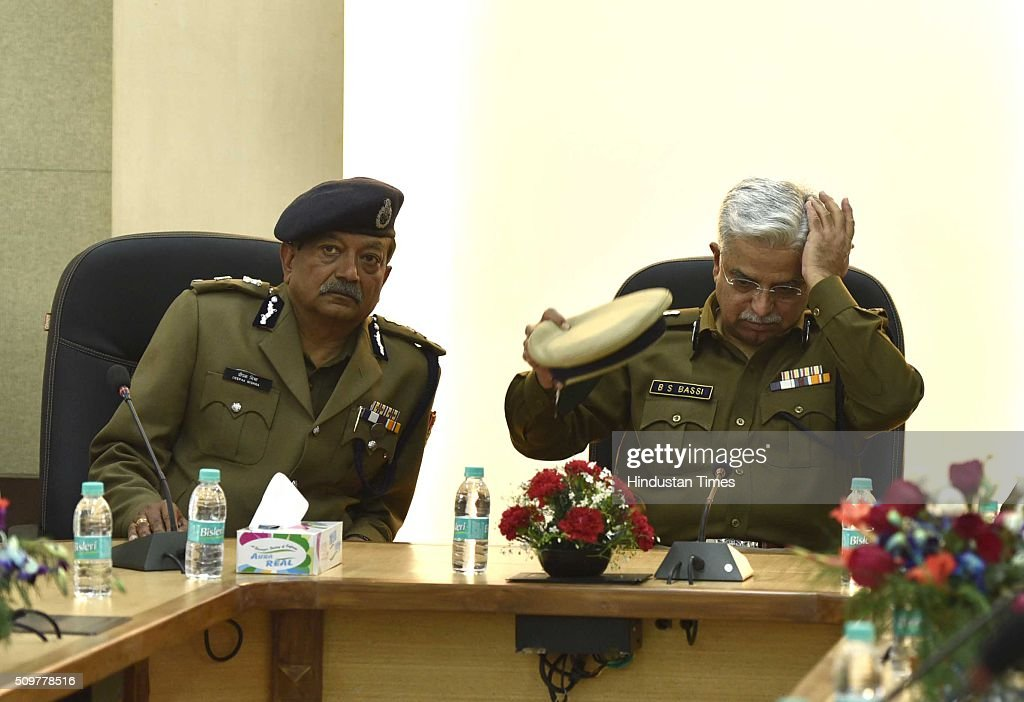 Delhi Police Commissioner BS Bassi with Deepak Mishra, special commissioner of police, law and order after inaugurating Academy for Smart Policing on February 12, 2016 in New Delhi, India.