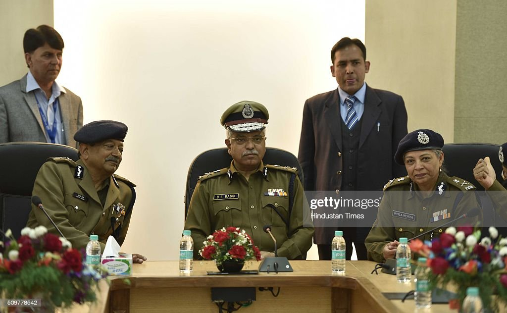Delhi Police Commissioner BS Bassi with Deepak Mishra, special commissioner of police, law and order and Vimla Mehra Special Commissioner Police after inaugurating Academy for Smart Policing on February 12, 2016 in New Delhi, India.