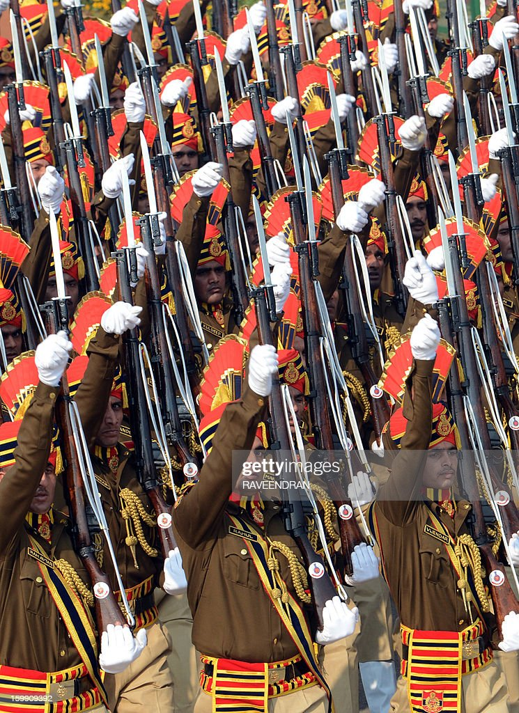 Delhi policemen march at Rajpath during the final full dress rehearsal for the Indian Republic Day parade in New Delhi on January 23, 2013. India will celebrate the 64th Republic Day on January 26 with a large military parade. AFP PHOTO/ RAVEENDRAN