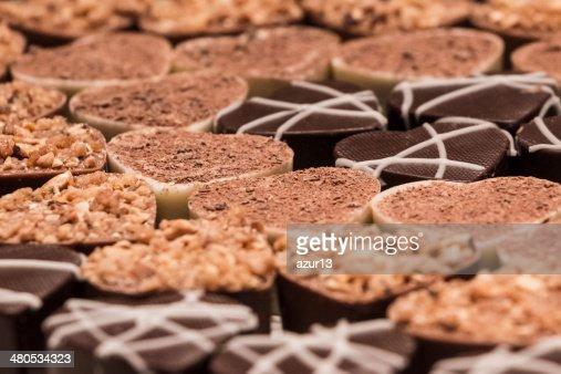 Delicious chocolate pralines : Bildbanksbilder
