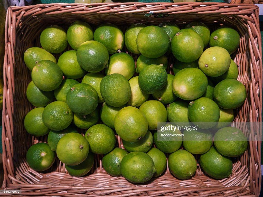 Delicious Sweet Limes in a Basket : Foto de stock