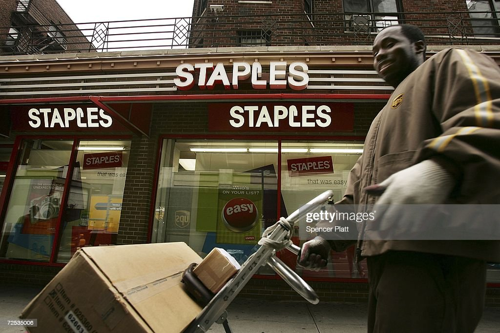 A delivery is made to a Staples store November 14 2006 in New York City Driven by strong backtoschool sales Staples Inc the nation's largest office...