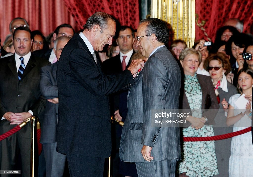 Delivery Of Decorations By The President Jacques Chirac At Elysee Palace In Paris France On May 03 2007 Jacques Chirac and Professor David Khayat
