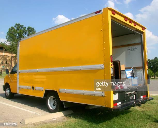 Camion de livraison (2