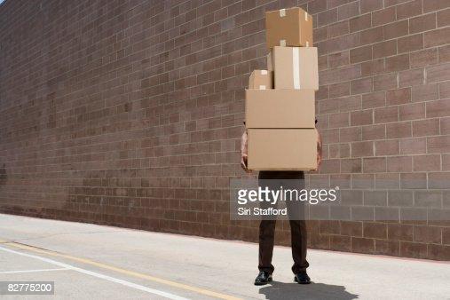 delivery person, die Boxen : Stock-Foto