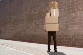 delivery person, die Boxen