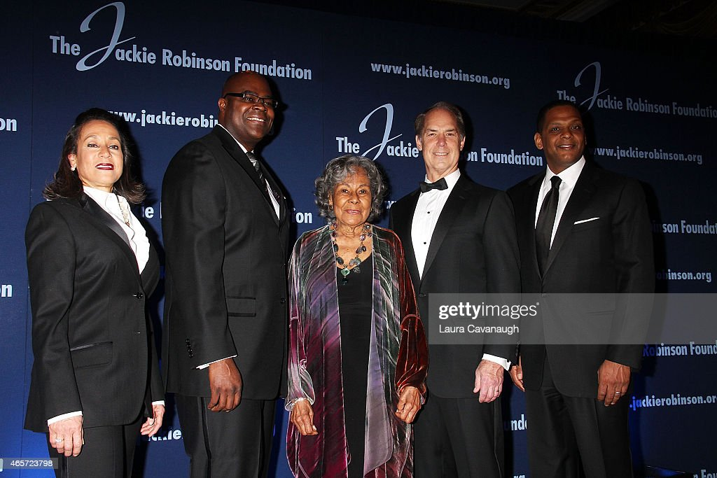Della Britton Baeza Don Thompson Rachel Robinson Gerald L Hassell and Gregg A Gonsalves attend the Jackie Robinson Foundation Awards Dinner at...