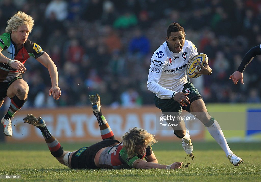 <a gi-track='captionPersonalityLinkClicked' href=/galleries/search?phrase=Delon+Armitage&family=editorial&specificpeople=556925 ng-click='$event.stopPropagation()'>Delon Armitage</a> of London Irish evades a tackle during the Aviva Premiership match between Harlequins and London Irish at Twickenham Stoop on February 11, 2012 in London, England.