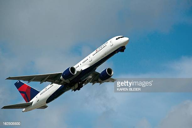 A Delta Airlines jet takes off from Fort LauderdaleHollywood International Airport February 21 2013 in Ft Lauderdale Florida AFP PHOTO / Karen BLEIER