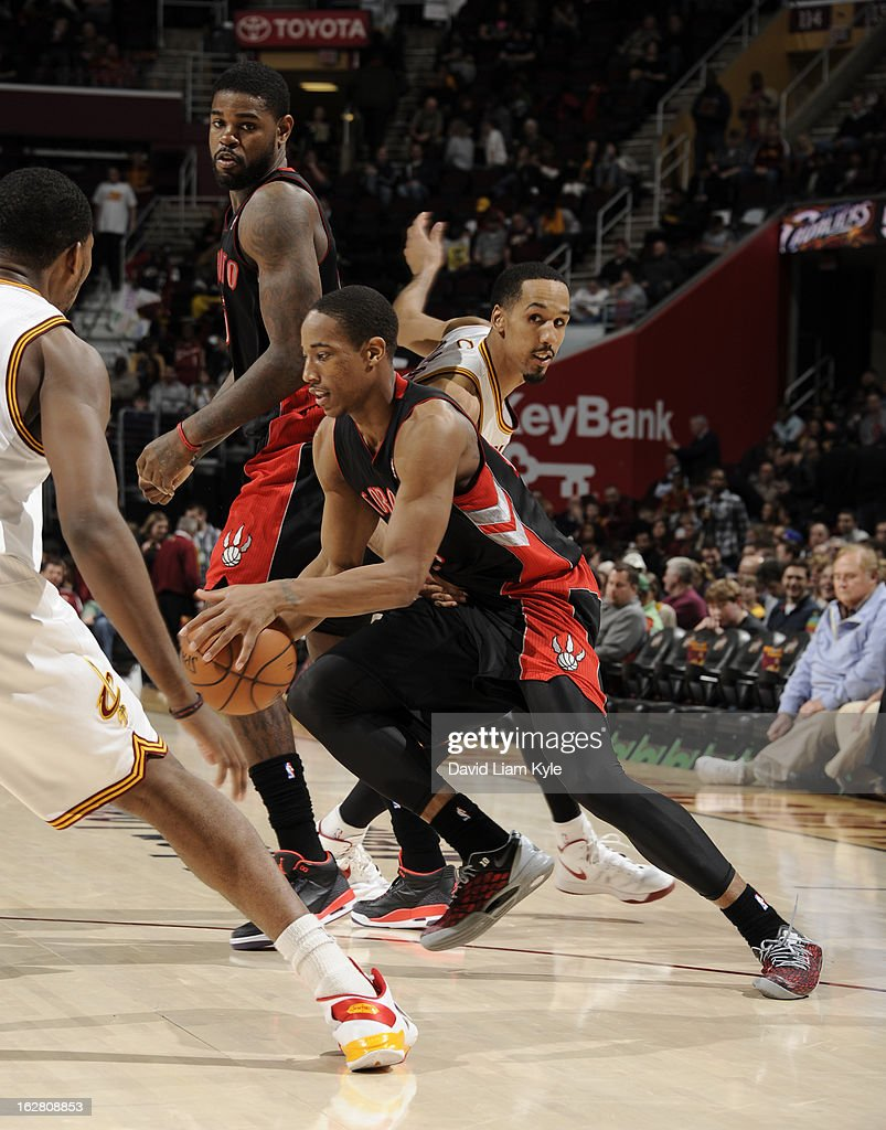 DeMar DeRozan #10 of the Toronto Raptors drives to the basket against Shaun Livingston #14 of the Cleveland Cavaliers at The Quicken Loans Arena on February 27, 2013 in Cleveland, Ohio.