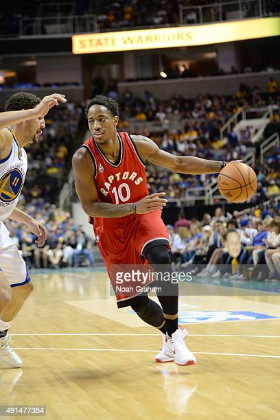 DeMar DeRozan of the Toronto Raptors drives to the basket against the Golden State Warriors during the preseason game on October 5 2015 at SAP Center...