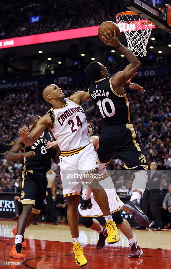 DeMar DeRozan #10 of the Toronto Raptors drives to the basket past <a gi-track='captionPersonalityLinkClicked' href=/galleries/search?phrase=Richard+Jefferson&family=editorial&specificpeople=201688 ng-click='$event.stopPropagation()'>Richard Jefferson</a> #24 of the Cleveland Cavaliers during an NBA game at the Air Canada Centre on November 25, 2015 in Toronto, Ontario, Canada.