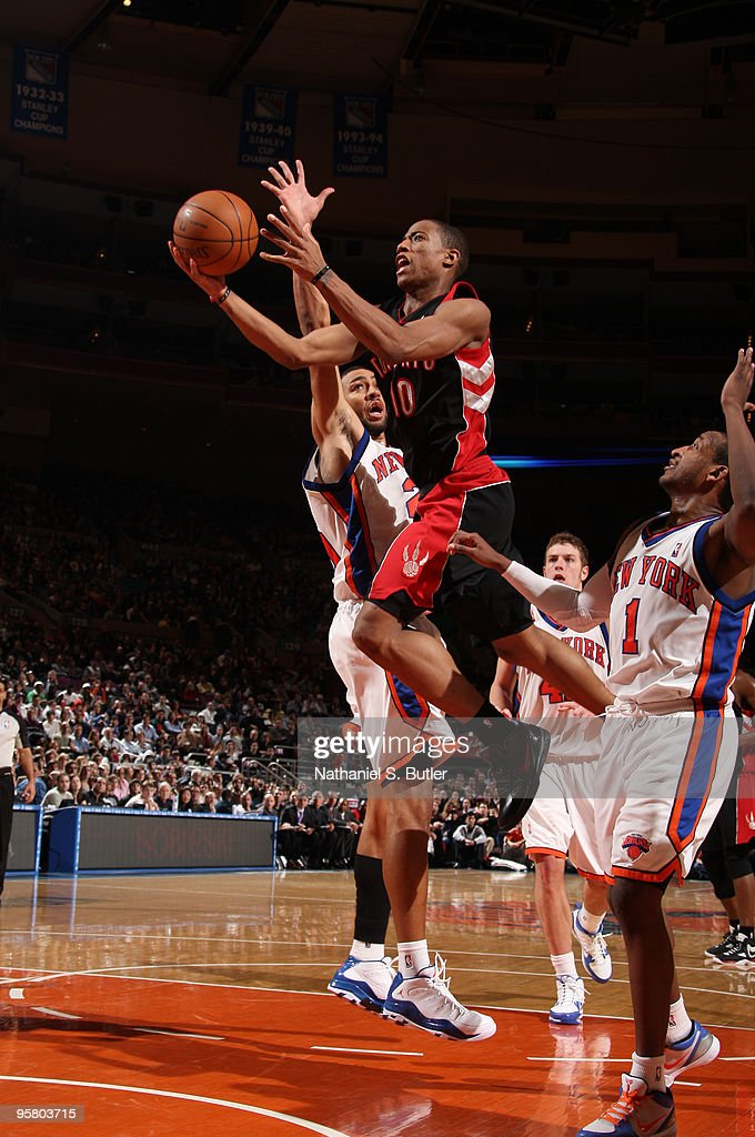 DeMar DeRozan #10 of the Toronto Raptors shoots against Jared Jeffries #20 of the New York Knicks on January 15, 2010 at Madison Square Garden in New York City.