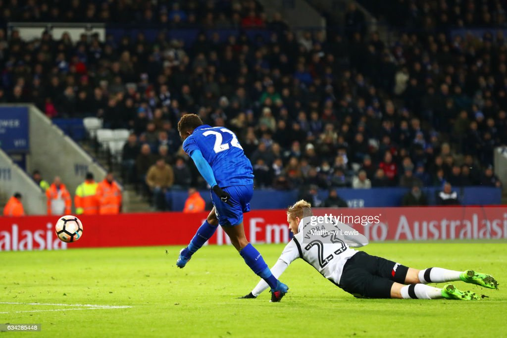 Demarai Gray of Leicester City scores his team's third goal during the Emirates FA Cup Fourth Round replay match between Leicester City and Derby City at The King Power Stadium on February 8, 2017 in Leicester, England.