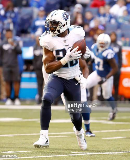 DeMarco Murray of the Tennessee Titans catches a pass against the Indianapolis Colts at Lucas Oil Stadium on November 26 2017 in Indianapolis Indiana
