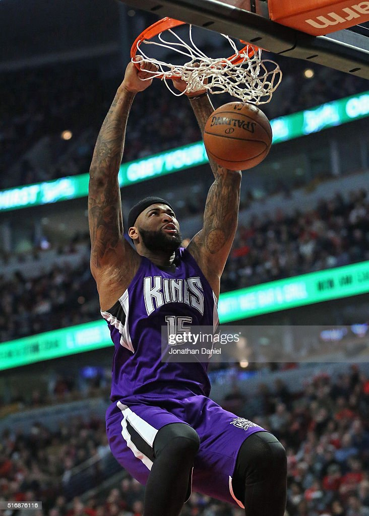 DeMarcus Cousins #15 of the Sacramento Kings dunks against the Chicago Bulls at the United Center on March 21, 2016 in Chicago, Illinois.