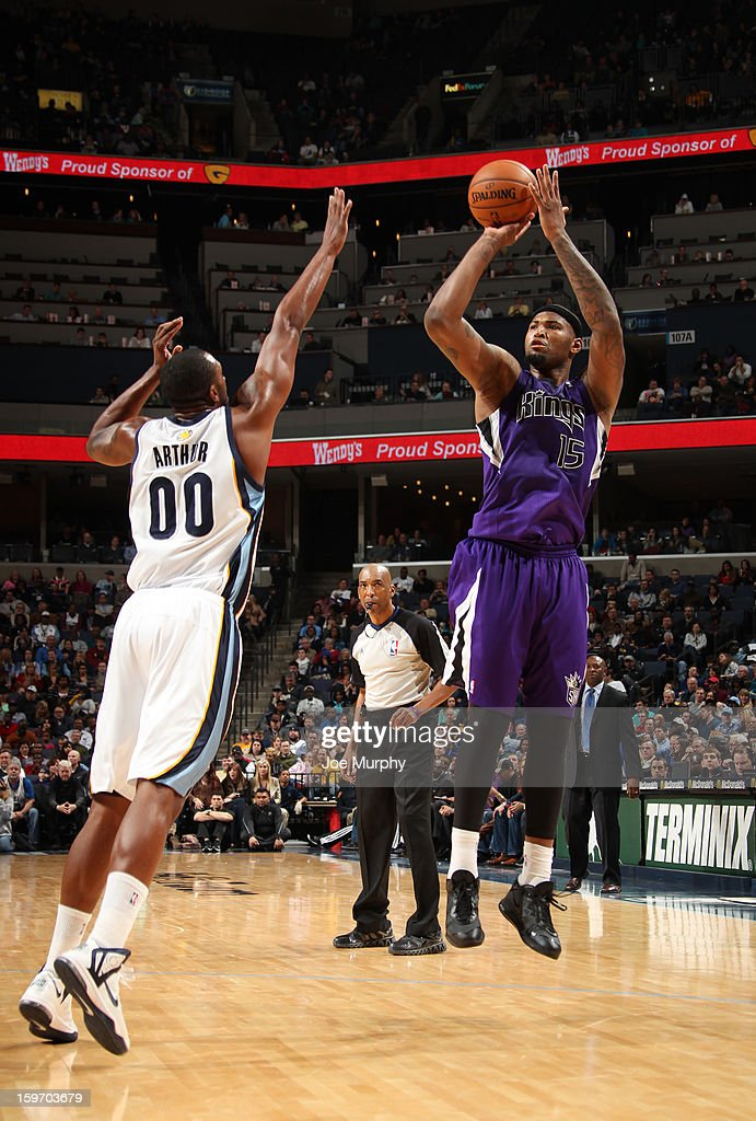<a gi-track='captionPersonalityLinkClicked' href=/galleries/search?phrase=DeMarcus+Cousins&family=editorial&specificpeople=5792008 ng-click='$event.stopPropagation()'>DeMarcus Cousins</a> #15 of the Sacramento Kings shoots against <a gi-track='captionPersonalityLinkClicked' href=/galleries/search?phrase=Darrell+Arthur&family=editorial&specificpeople=4102032 ng-click='$event.stopPropagation()'>Darrell Arthur</a> #00 of the Memphis Grizzlies on January 18, 2013 at FedExForum in Memphis, Tennessee.
