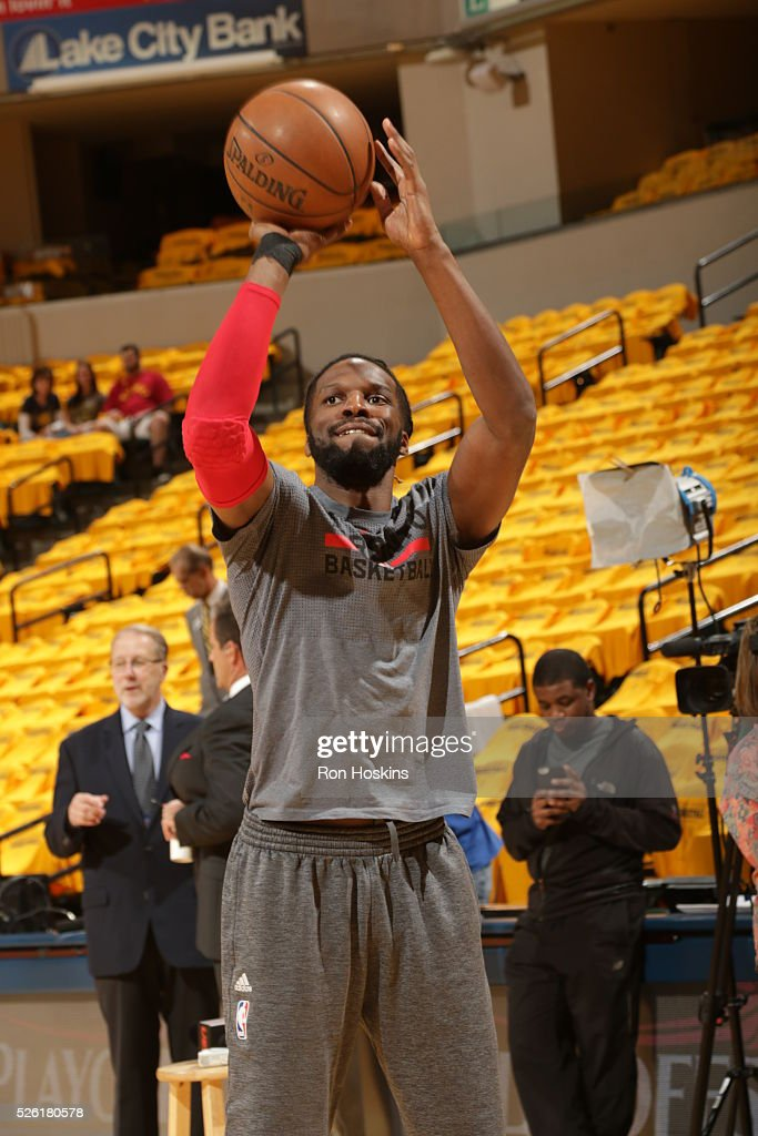 DeMarre Carroll #5 of the Toronto Raptors warms up before the game against the Indiana Pacers in Game Six of the Eastern Conference Quarterfinals during the 2016 NBA Playoffs on April 29, 2016 at Bankers Life Fieldhouse in Indianapolis, Indiana.