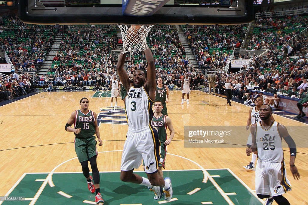 <a gi-track='captionPersonalityLinkClicked' href=/galleries/search?phrase=DeMarre+Carroll&family=editorial&specificpeople=784686 ng-click='$event.stopPropagation()'>DeMarre Carroll</a> #3 of the Utah Jazz dunks against the Milwaukee Bucks at Energy Solutions Arena on February 06, 2013 in Salt Lake City, Utah.