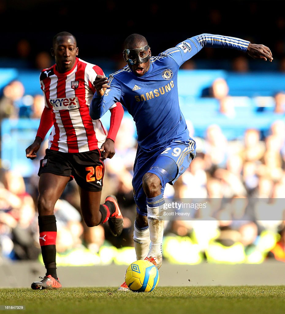 Demba Ba of Chelsea (R) in action with Toumani Diagouraga of Brentford during the FA Cup Fourth Round Replay between Chelsea and Brentford at Stamford Bridge on February 17, 2013 in London, England.