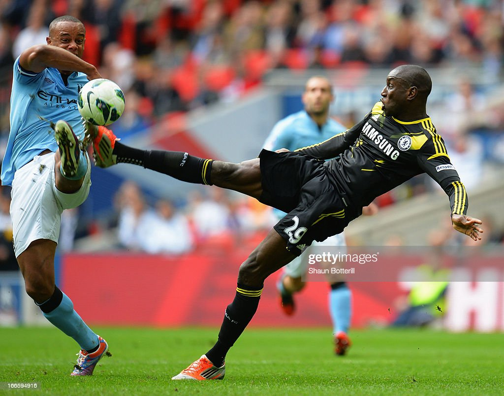 <a gi-track='captionPersonalityLinkClicked' href=/galleries/search?phrase=Demba+Ba&family=editorial&specificpeople=4510297 ng-click='$event.stopPropagation()'>Demba Ba</a> of Chelsea scores their first goal during the FA Cup with Budweiser Semi Final match between Chelsea and Manchester City at Wembley Stadium on April 14, 2013 in London, England.