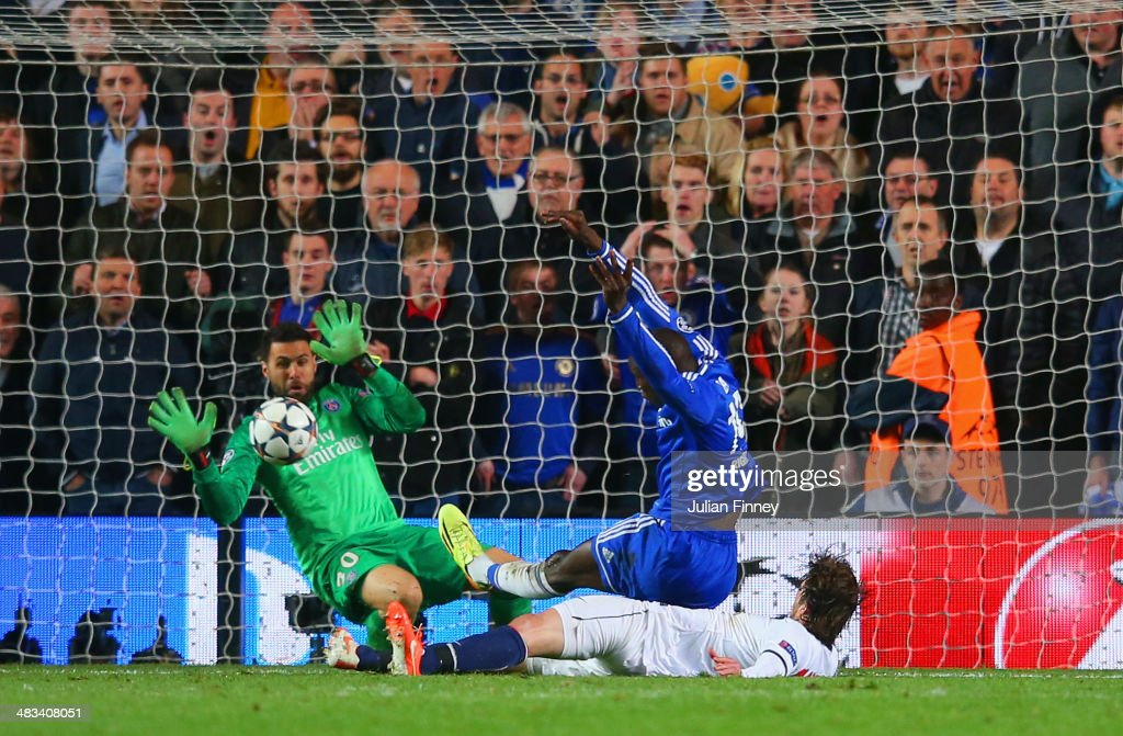 <a gi-track='captionPersonalityLinkClicked' href=/galleries/search?phrase=Demba+Ba&family=editorial&specificpeople=4510297 ng-click='$event.stopPropagation()'>Demba Ba</a> of Chelsea scores their second goal during the UEFA Champions League Quarter Final second leg match between Chelsea and Paris Saint-Germain FC at Stamford Bridge on April 8, 2014 in London, England.