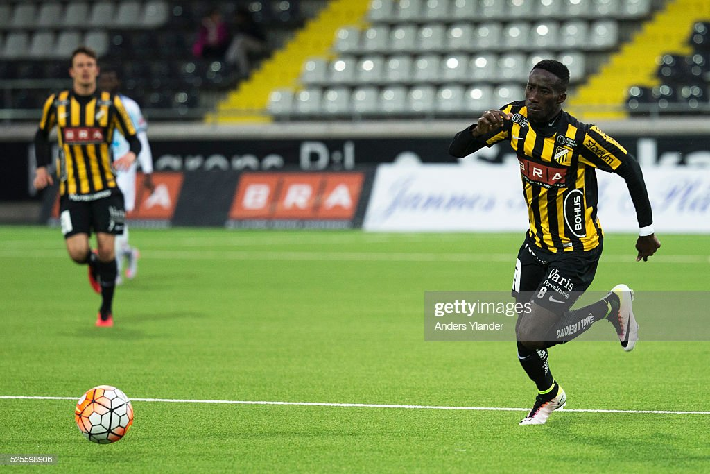 Demba Savage of BK Hacken controls the ball during the Allsvenskan match between BK Hacken and Gefle IF at Bravida Arena on April 28, 2016 in Gothenburg, Sweden.