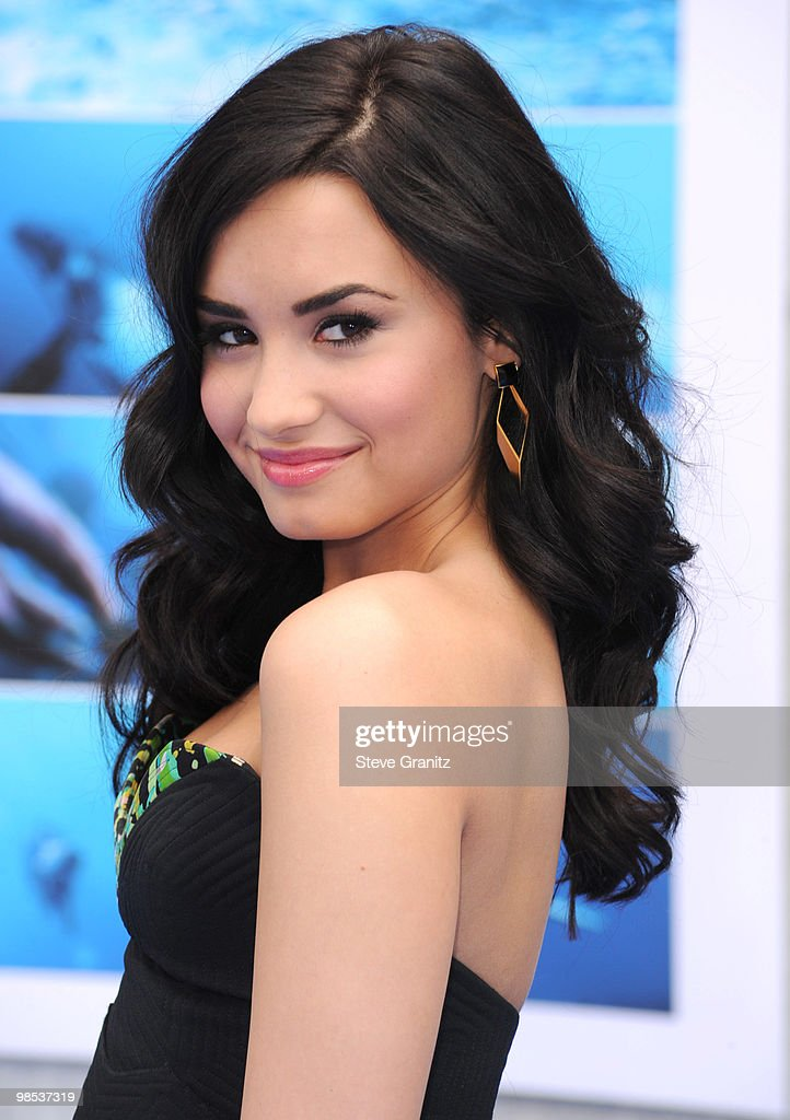 Demi Lovato attends the 'Oceans' Los Angeles Blue Carpet Premiere at the El Capitan Theatre on April 17, 2010 in Hollywood, California.
